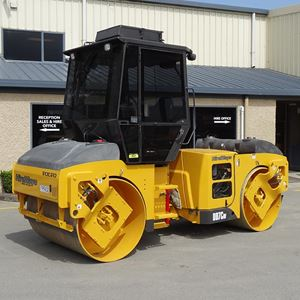 Picture of 7 Ton Double Drum Roller