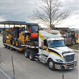 Picture of CAT CT630 Spreader Trailer