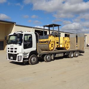 Picture of Isuzu 8x4