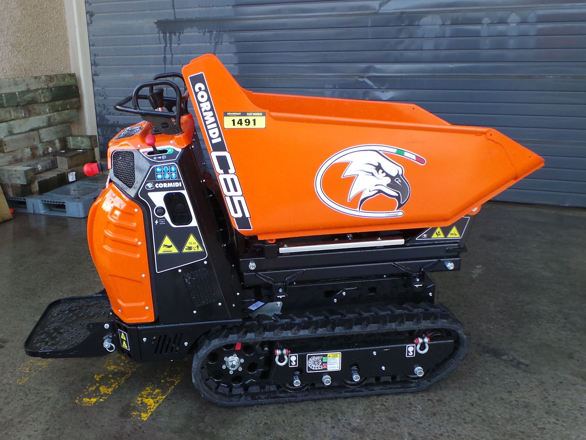 Picture of 800kg Cormidi Tracked Hi-Tip Dumper