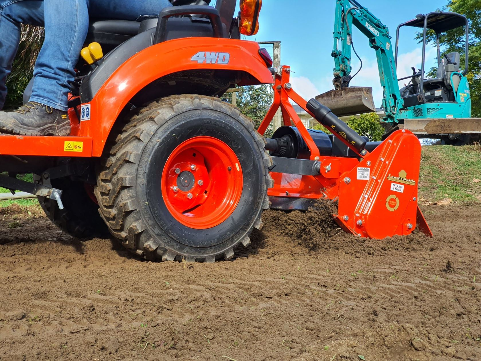 Picture of 26hp Kubota Landscape Tractor