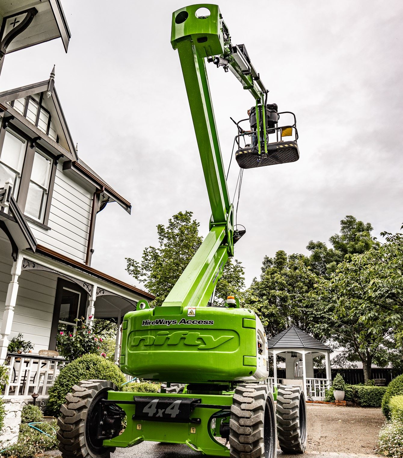 Picture of 17m Nifty HR17 Boom Lift