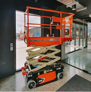 Picture of 5.6 Electric Man Lift