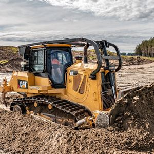 Picture of Cat D7E Bulldozer